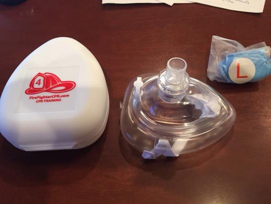 ambu mask with case and gloves